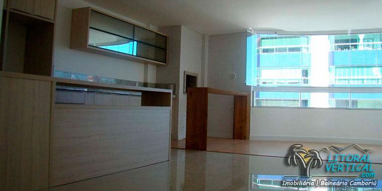 edificio-cadillac-tower-balneario-camboriu-sqa350-2