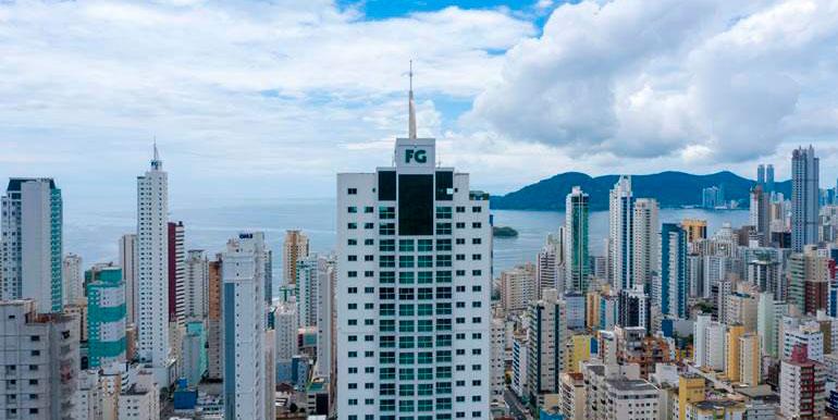 edificio-falcon-tower-balneario-camboriu-sqa425-2