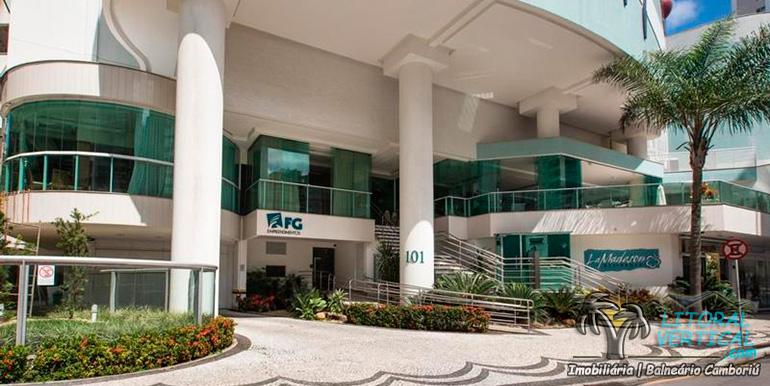 edificio-la-madeson-balneario-camboriu-qma3224-1