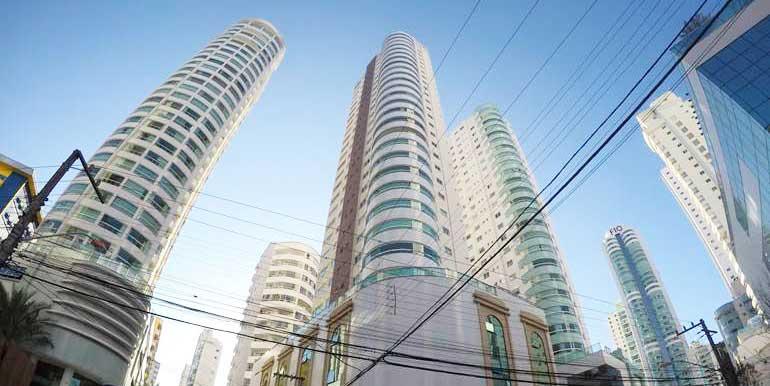 edificio-torre-de-malaga-balneario-camboriu-sqcd412-1