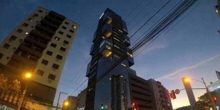 edificio-sky-business-center-balneario-camboriu-tqs03-1
